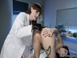 Alt Babe Anal Fists TS Doctor