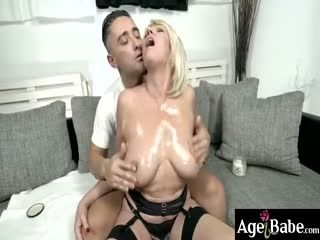 Mugur's Veiny Cock Pleased The Hot Granny Milf Amy's Pussy