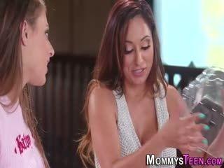 Mommysteen 38