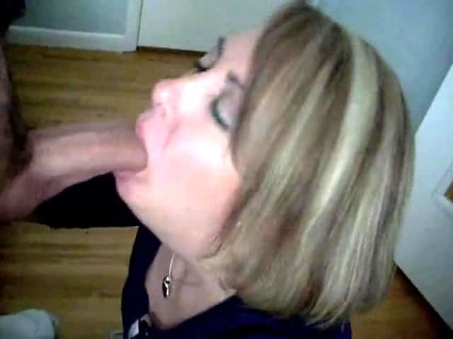 College Gf Blowjob Swallow