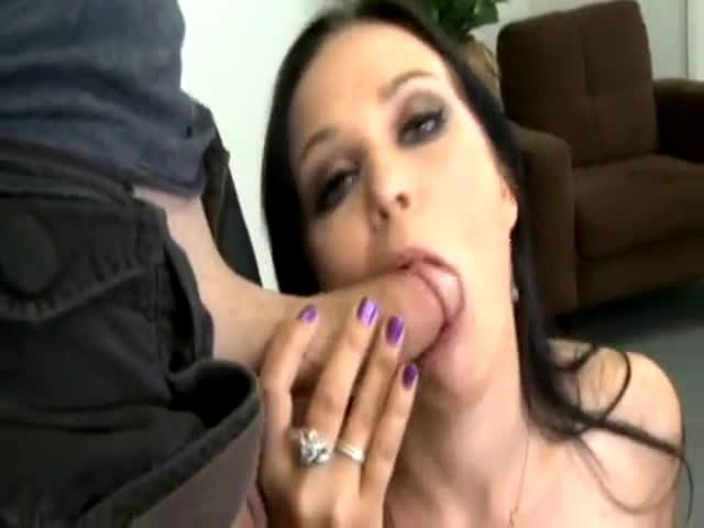 Free brunnette blowjob video