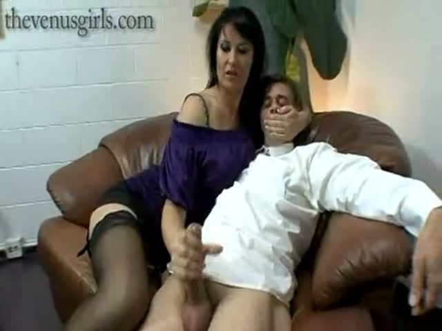 Bbw milf boss seduces her black employee 3