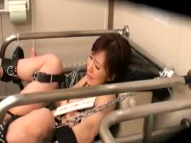 Girl Bound On Public Toilet And Fucked By Strangers Porn Video-1515