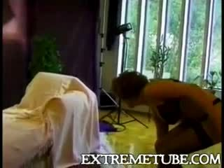 Classic Splitting With Tranny & Pussy