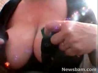 Big Boob Bounce And Rub