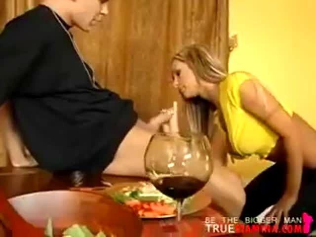 Amy Reid Kitchen Sex Porn Video