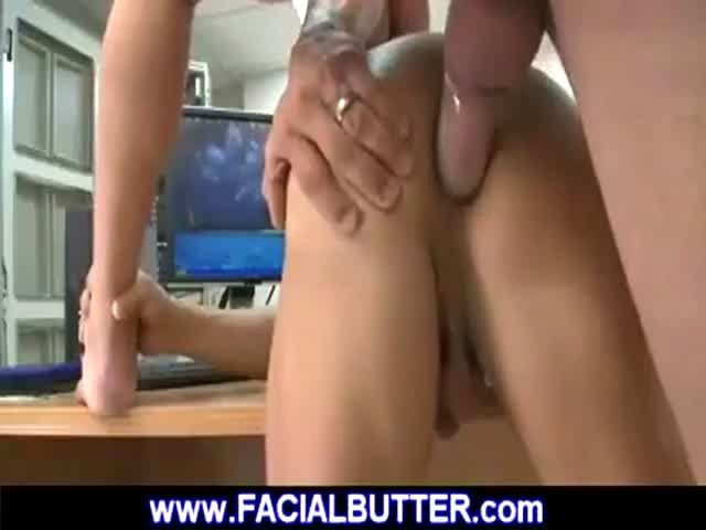 Slow deep ass fuck on desk during audition