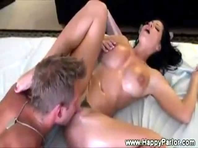 Teen Getting Pussy Licked