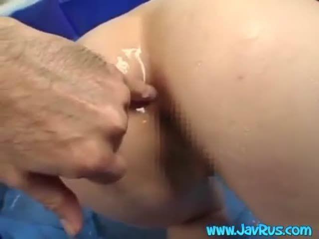 Eel anal sex