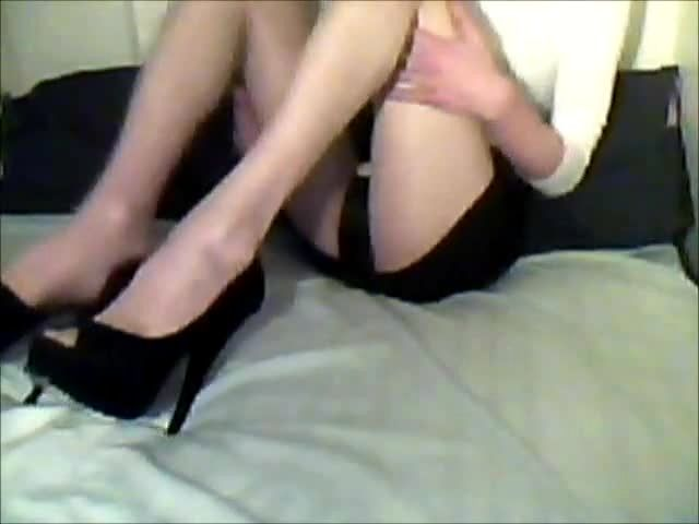 Crossdressing mature solo porn